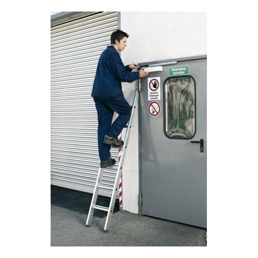 Stufen-Anlegeleiter Z500, gebördelt